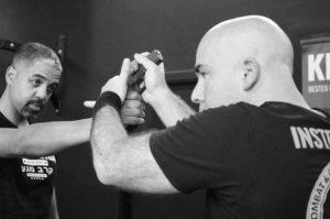 Krav Maga Gun Threat pistole Streetwise academy Berlin
